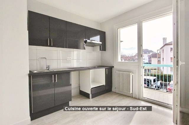 Rental apartment Annecy 830€ CC - Picture 3