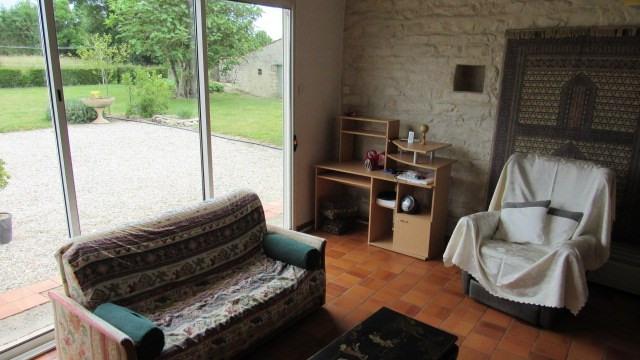 Sale house / villa Villeneuve-la-comtesse 243800€ - Picture 6