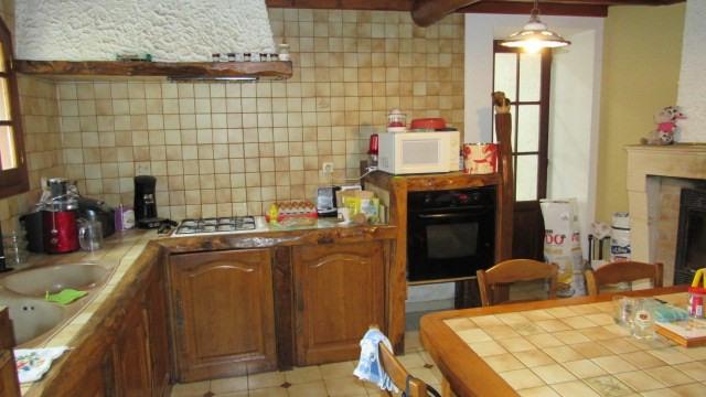 Sale house / villa Asnières-la-giraud 138000€ - Picture 4