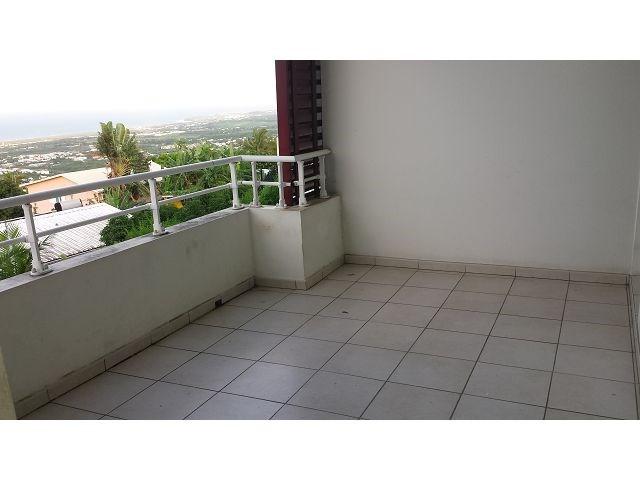 Location appartement Ste clotilde 825€ CC - Photo 9