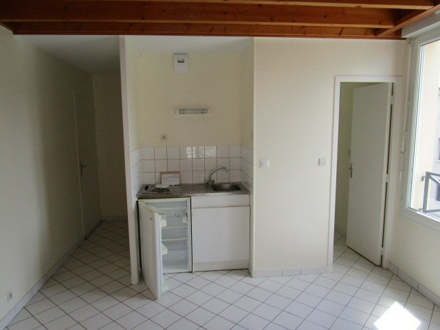 Location appartement Agneaux 335€ CC - Photo 1