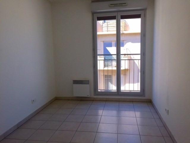 Location appartement Marseille 3ème 680,85€ CC - Photo 5