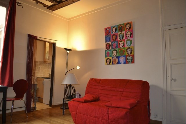 Rental apartment Paris 2ème 890€ CC - Picture 2