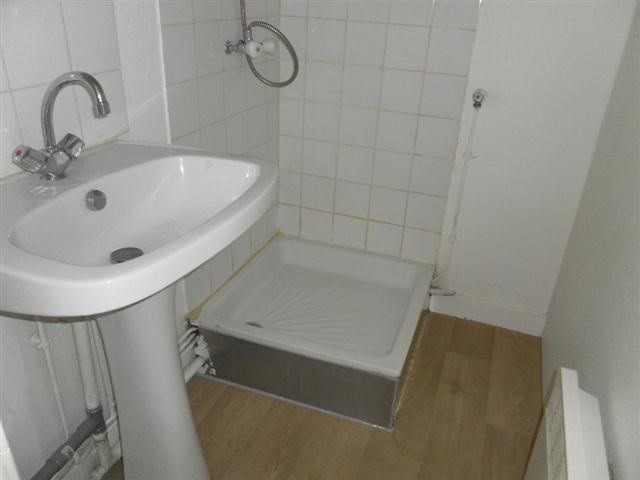 Location appartement Bron 435€ CC - Photo 4