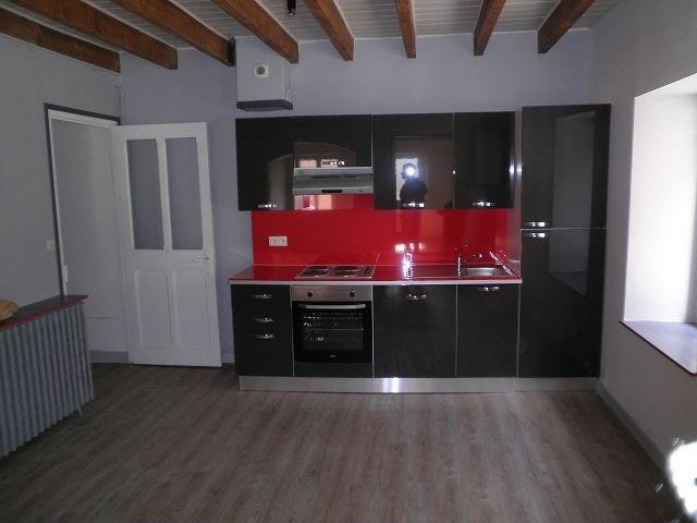 Rental house / villa Chatonnay 628€ CC - Picture 1