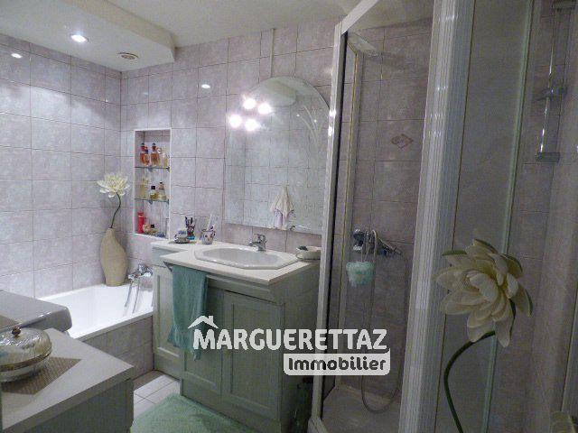 Sale apartment Bonneville 210000€ - Picture 6