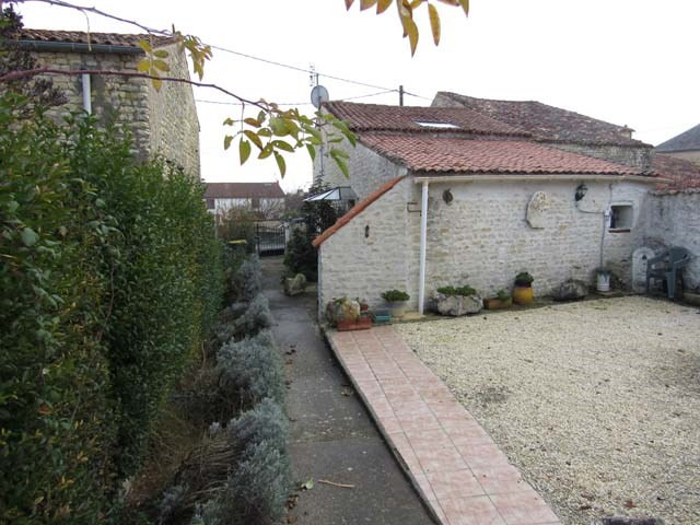 Vente maison / villa Saint-crépin 80 250€ - Photo 2