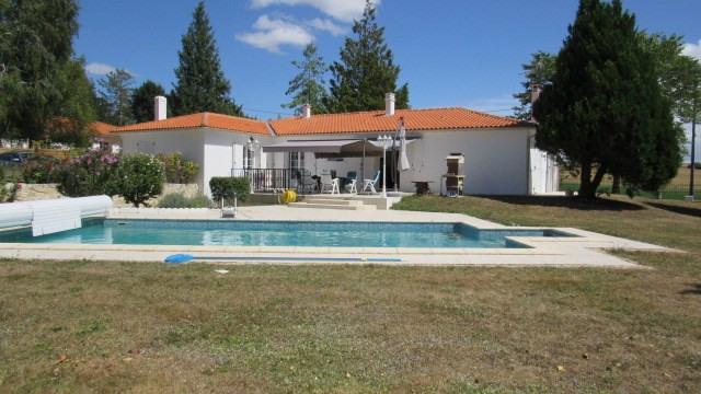 Sale house / villa Asnières-la-giraud 305950€ - Picture 2