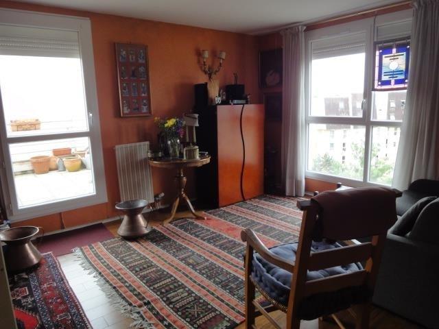 Sale apartment Creteil 262000€ - Picture 3