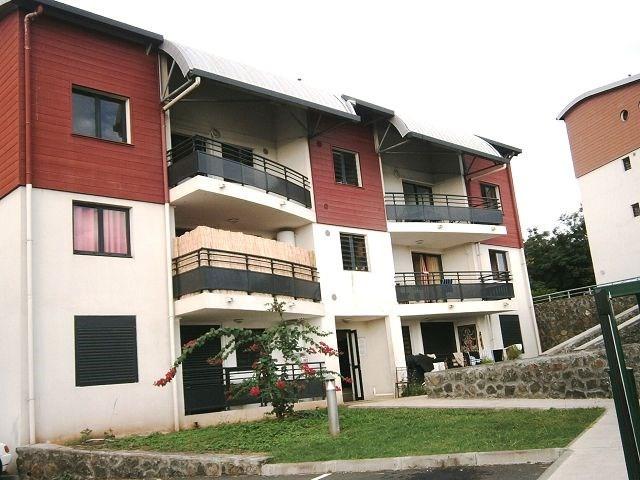 Location appartement La possession 514€ CC - Photo 1