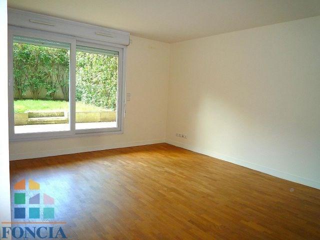 Location appartement Suresnes 1217€ CC - Photo 8