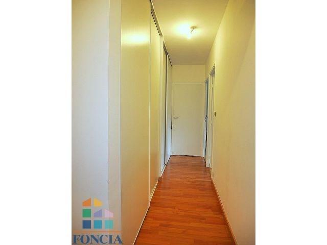 Rental apartment Suresnes 1808€ CC - Picture 6