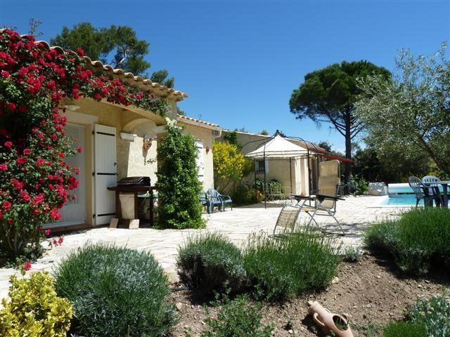 Sale house / villa Sillans-la-cascade 349000€ - Picture 1