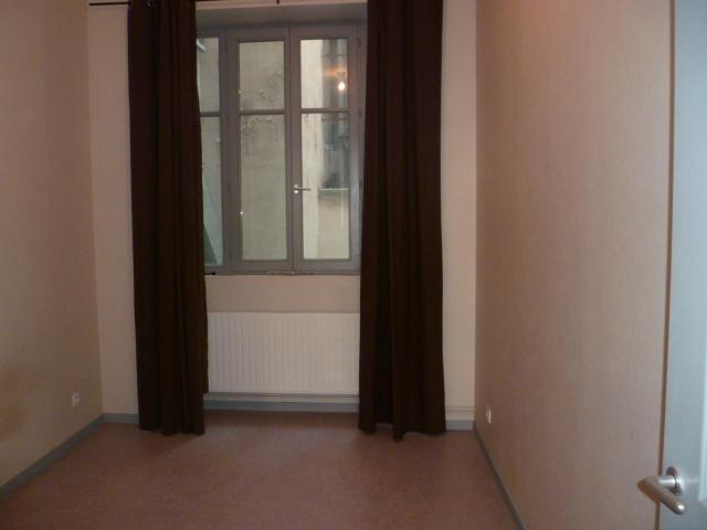 Location appartement Lyon 1er 909€ CC - Photo 2