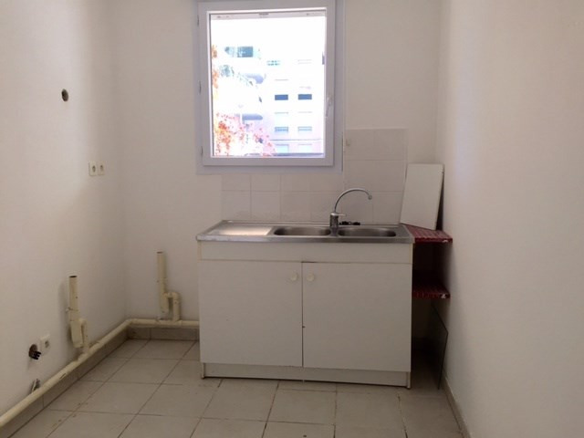 Location appartement Marseille 13ème 710,27€ CC - Photo 4