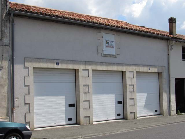 Vente parking Saint-jean-d'angély 66 600€ - Photo 1