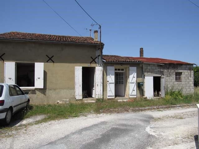 Sale house / villa Saint jean d'angély 37975€ - Picture 1
