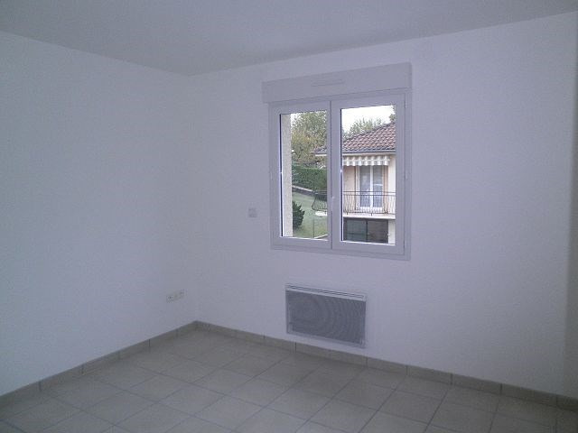 Location maison / villa Cessieu 899€ +CH - Photo 4