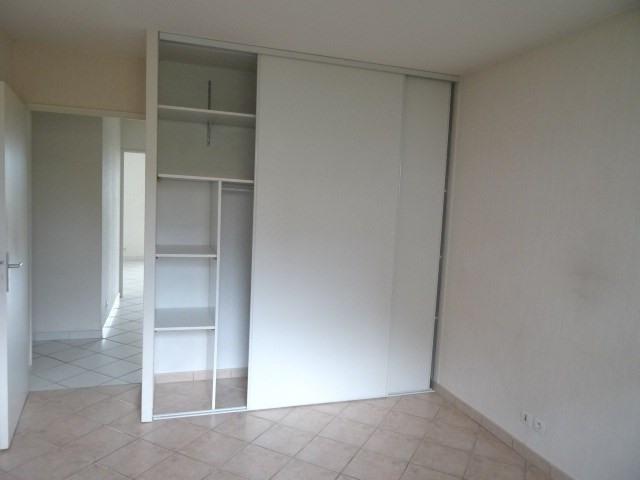 Location appartement Villefranche sur saone 860€ CC - Photo 3