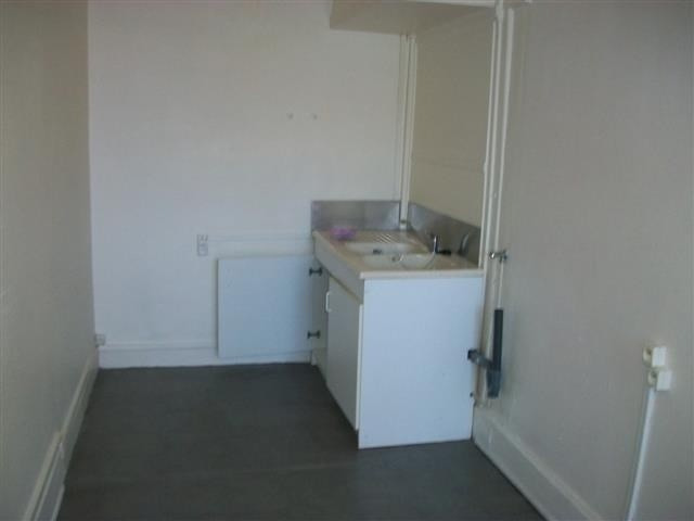 Location appartement Bron 435€ CC - Photo 2