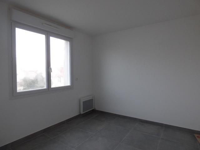 Location appartement Conflans ste honorine 835€ CC - Photo 3