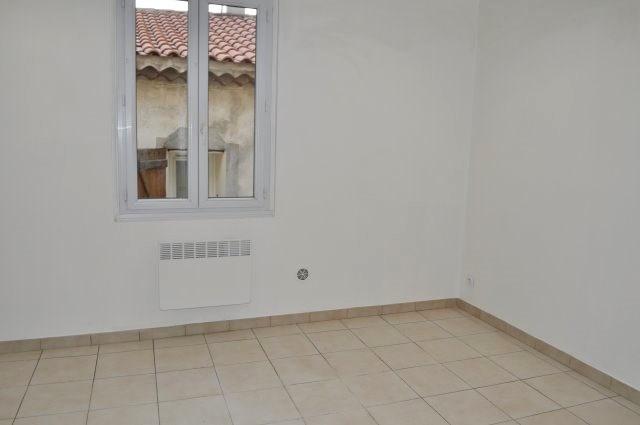 Rental apartment Marseille 16ème 475€ +CH - Picture 3