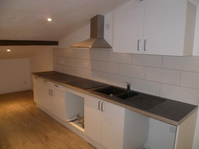 Location appartement Bordeaux 592€cc - Photo 2