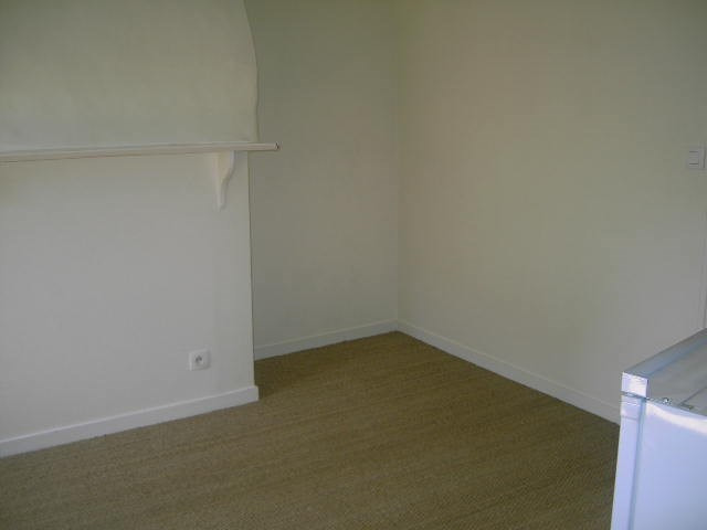 Location appartement Vannes 315€ CC - Photo 2