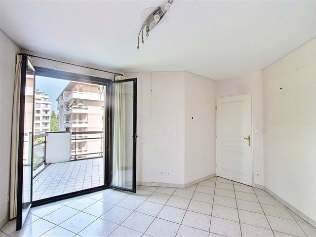 Sale apartment Annecy 280 000€ - Picture 5