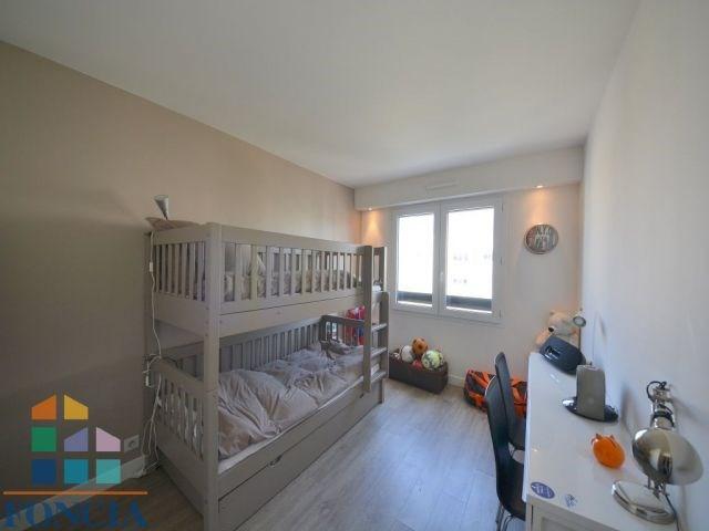 Sale apartment Suresnes 595000€ - Picture 7