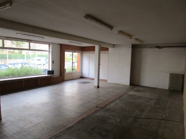 Location local commercial St lo 650€ HC - Photo 2