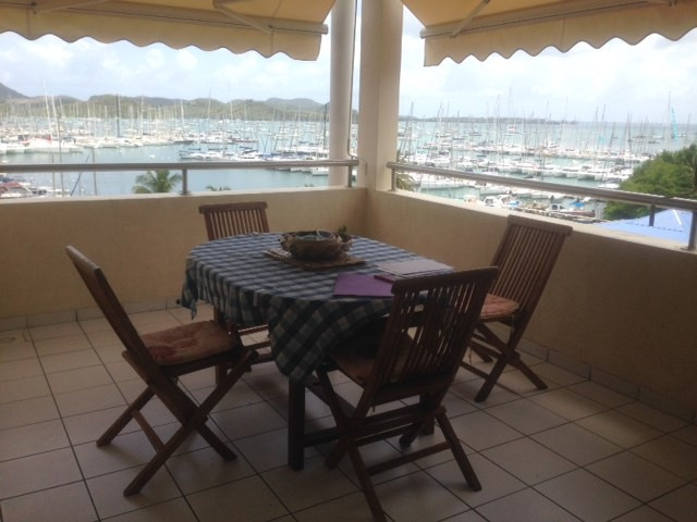 Location appartement Le marin 990€ CC - Photo 2