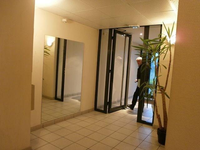 Location appartement Villefontaine 690€ CC - Photo 7