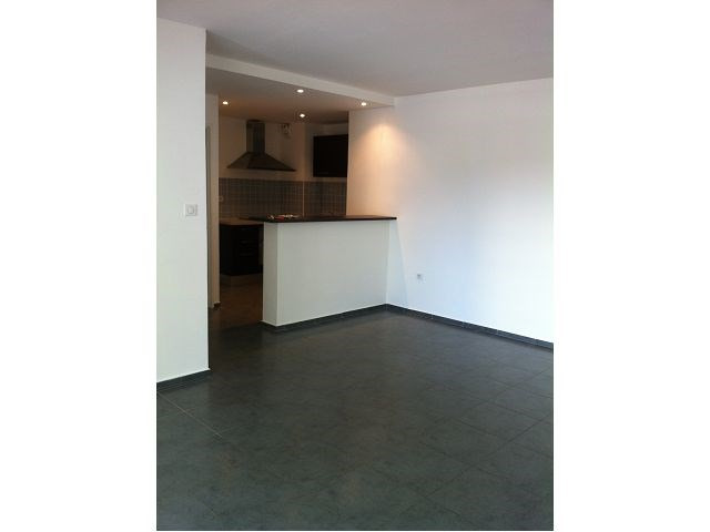 Location appartement Ste clotilde 700€ CC - Photo 3