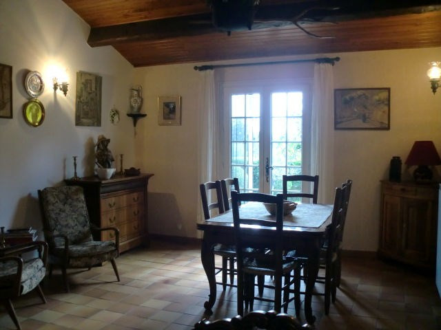 Vente maison / villa Le thor 341000€ - Photo 5