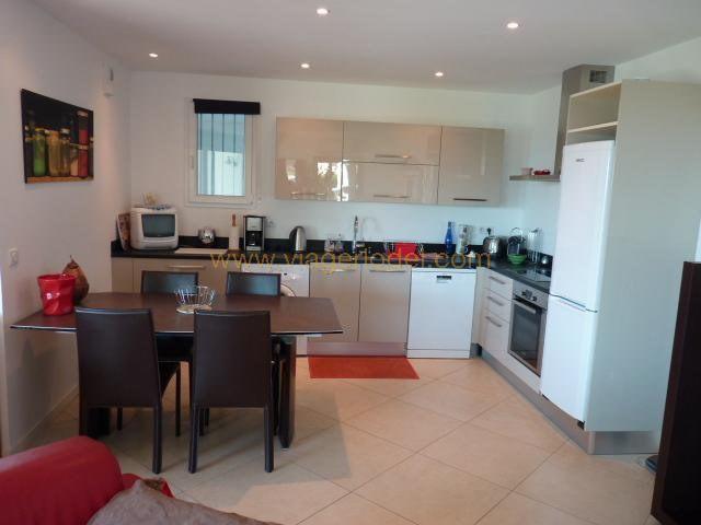 Vendita nell' vitalizio di vita appartamento Rayol-canadel-sur-mer 165000€ - Fotografia 5