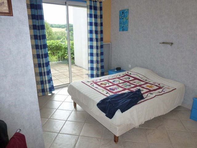 Vente maison / villa Beausemblant 387000€ - Photo 10