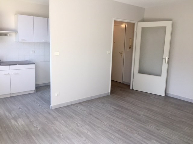 Location appartement Grenoble 622€ CC - Photo 1