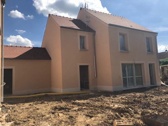 Sale house / villa Villejust 389520€ - Picture 2
