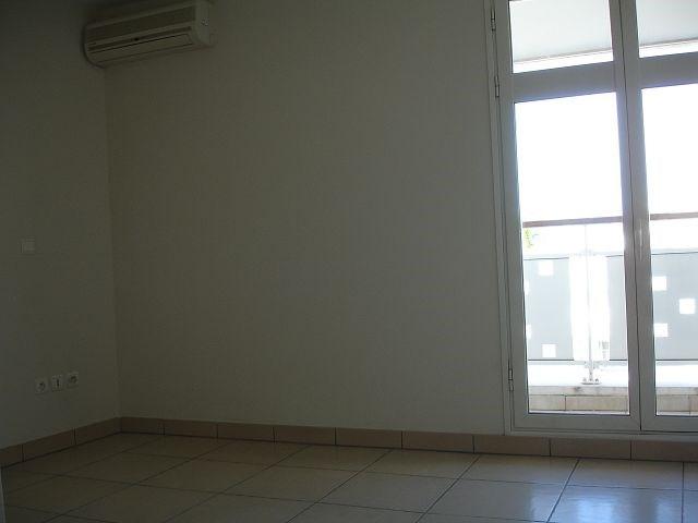 Location appartement St denis 1229€ CC - Photo 8