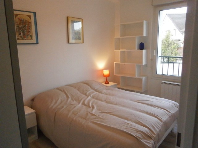 Location appartement Fontainebleau 1 050€ CC - Photo 1