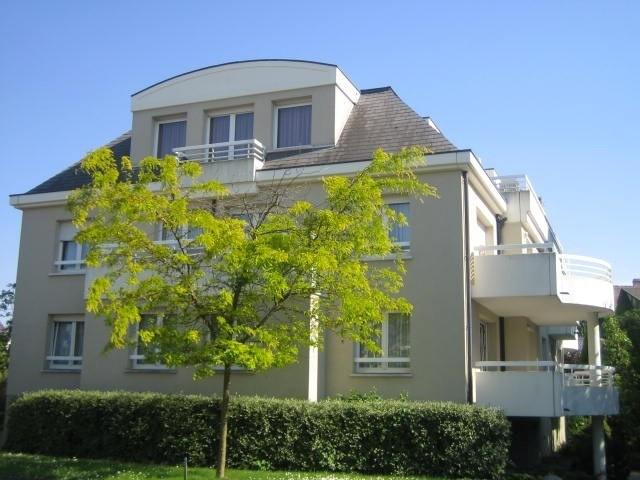 Location appartement Strasbourg 1055€ CC - Photo 1