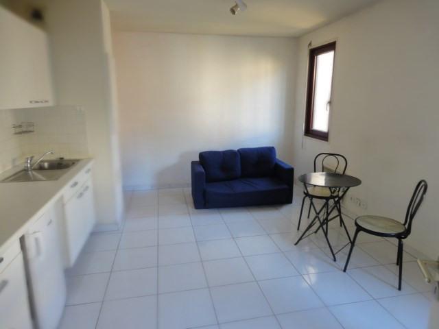 Location appartement Aix en provence 710€ CC - Photo 6
