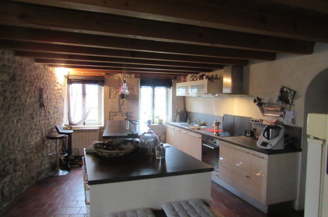 Sale house / villa Saint-sulpice-d'arnoult 212000€ - Picture 4
