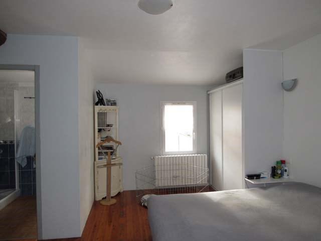 Sale house / villa Saint-savinien 300675€ - Picture 5