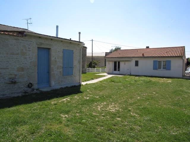 Vente maison / villa Saint-pierre-de-juillers 133 125€ - Photo 2