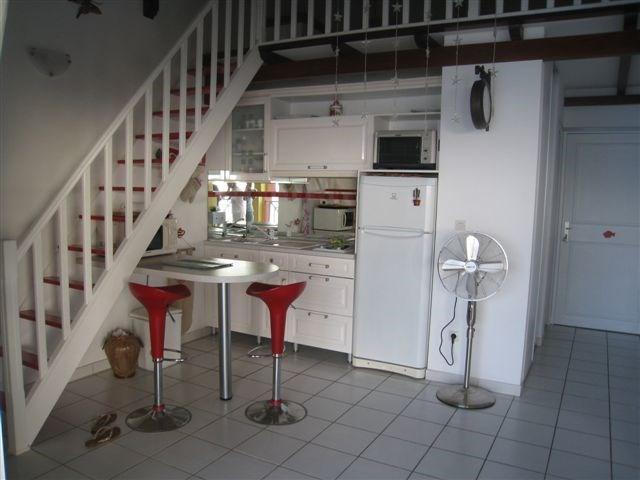 Rental apartment Les trois ilets 1200€ CC - Picture 2