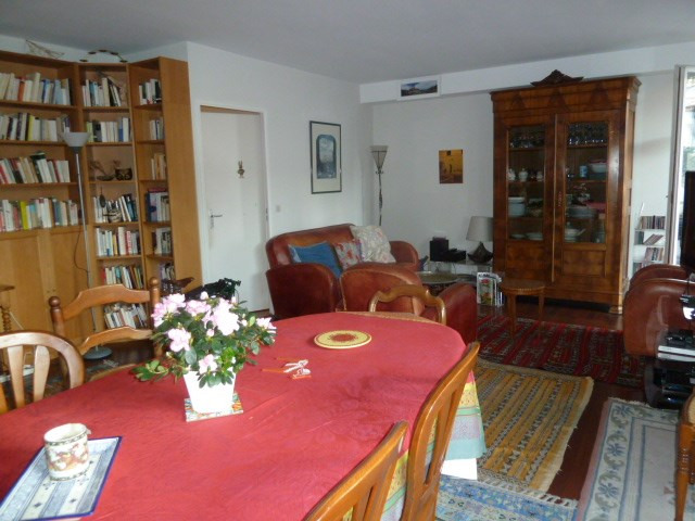 Sale apartment Paris 18ème 834 000€ - Picture 2