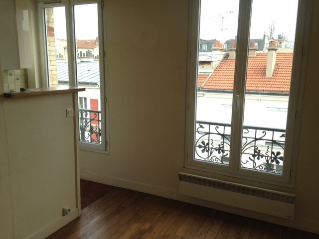 Location appartement Paris 14ème 990€ CC - Photo 2