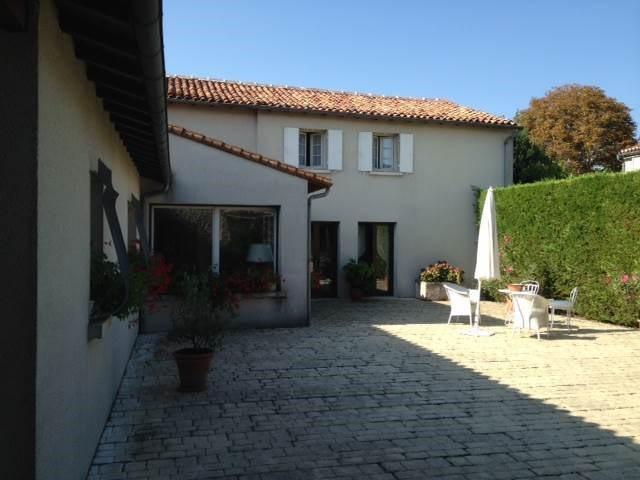Vente maison / villa Cognac 457600€ - Photo 10